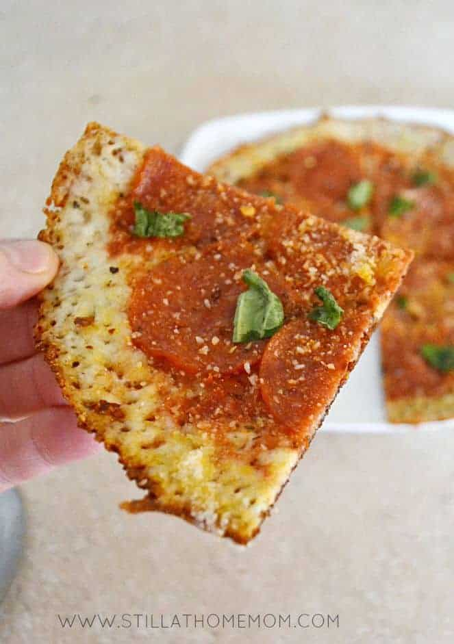 Quick Easy Low-Carb Skillet Pizza