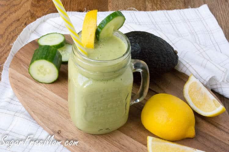 Low-Carb Cucumber Green Tea Detox Smoothie