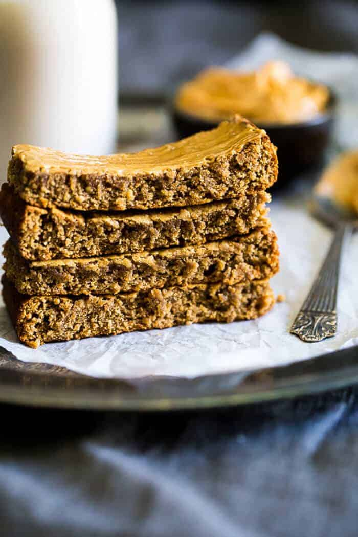 Paleo Homemade Protein Bars with Almond Butter
