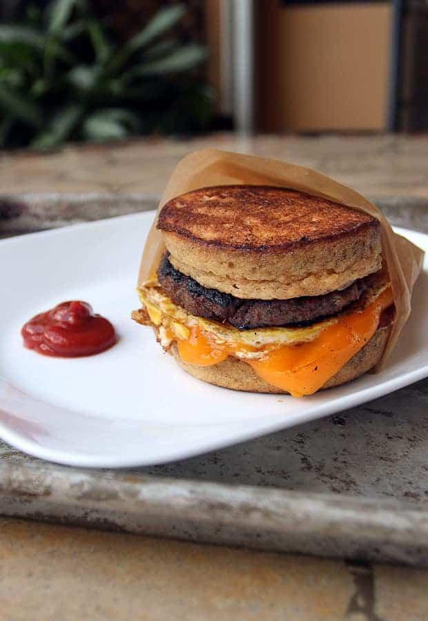 Low-carb Pancake Sandwich