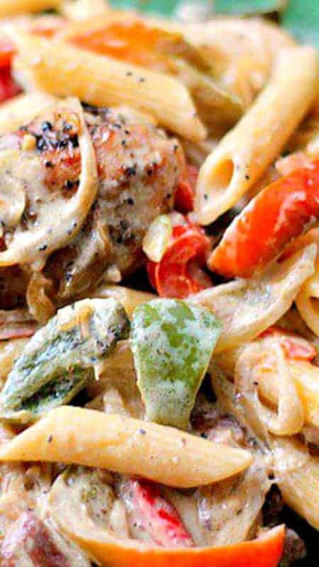 Chicken And Peppers In White Sauce