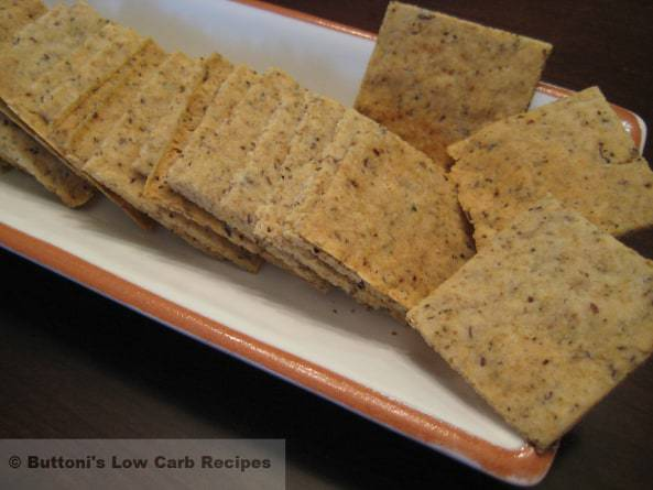 Almond-Arrowroot Crackers<