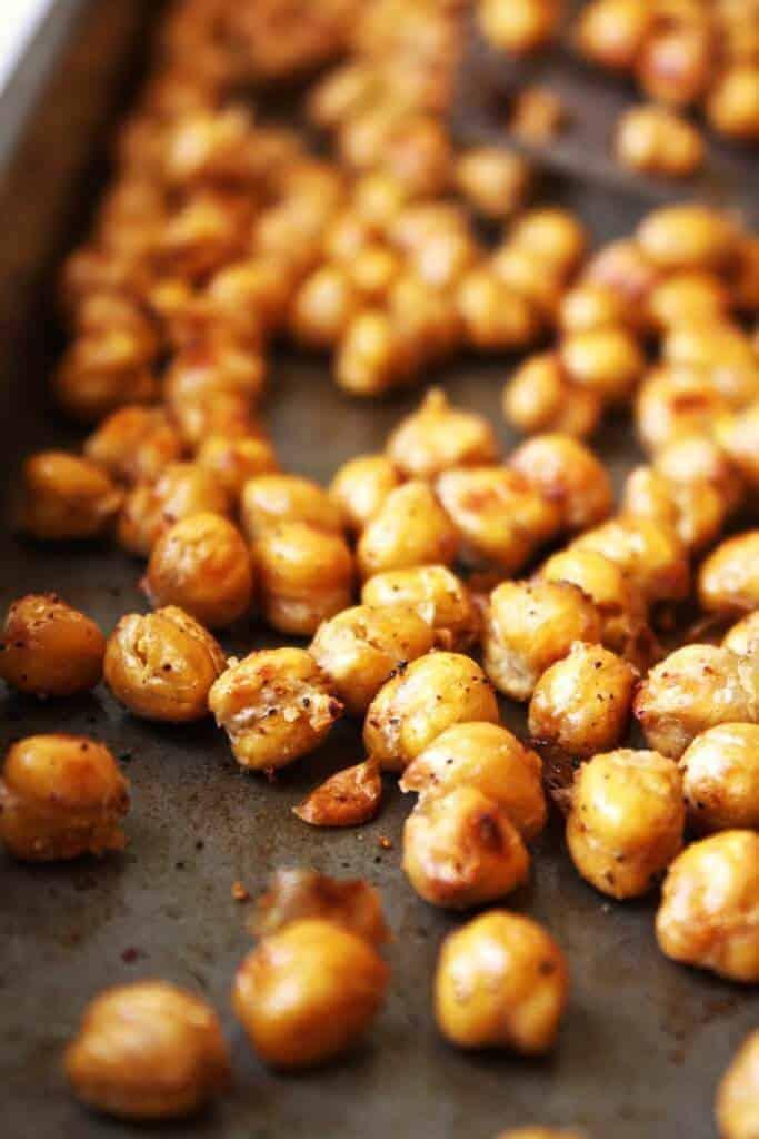 Crispy Garlic Bread Chickpeas