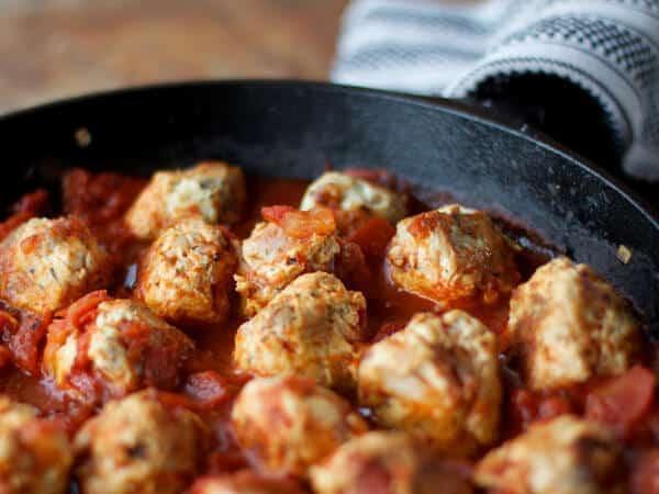 Paleo Turkey Meatballs Recipe With Bacon & Tomato Sauce