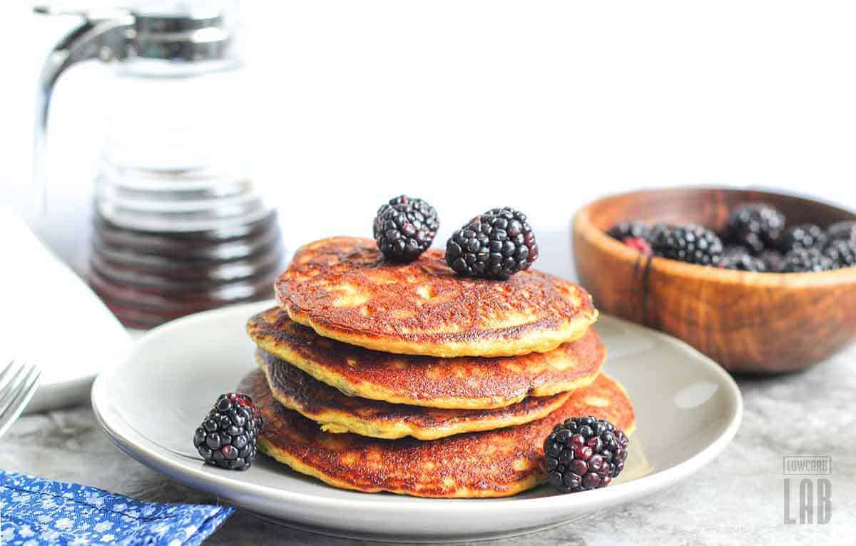 Low carb blackberry pancakes recipe